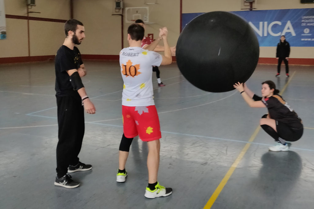 Jugamos al KIN-BALL en Madrid.